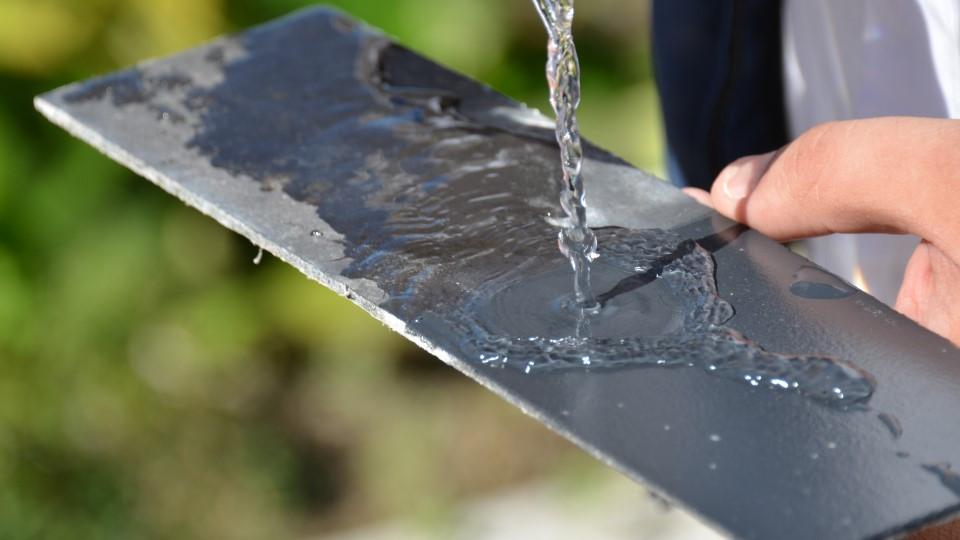 effet perlant hydrofuge toiture