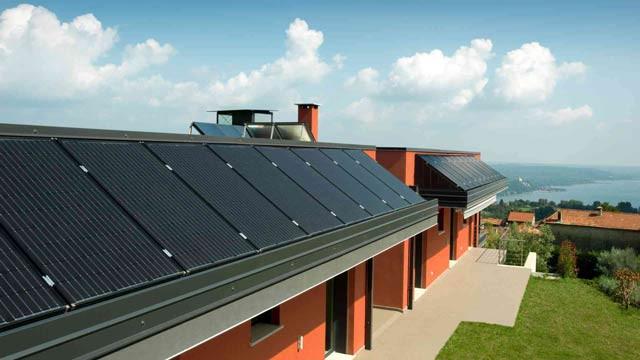 toiture panneaux solaires